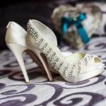 Foto boda detalle zapatos Ana Maria Morales primer plano