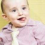 foto bebé con corbata - El pequeño Lucas